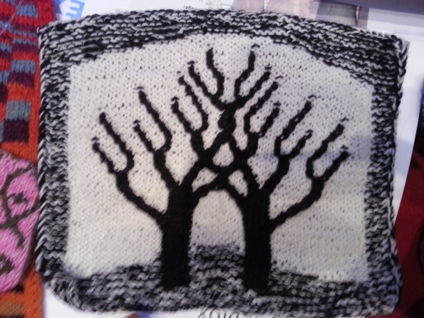 I've always wanted to knit realistic trees.
