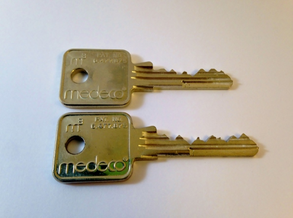 Medeco 5 and 6 pin keys